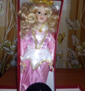 Кукла фарфоровая Принцесса Лебедь