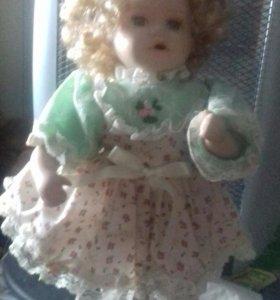 Эсклюзив рарит кукла на подставке