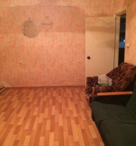 Продам 2 ком.квартиру 67 кв.м, в г. Тарко-Сале