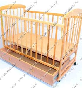 Кроватка новая с маятником