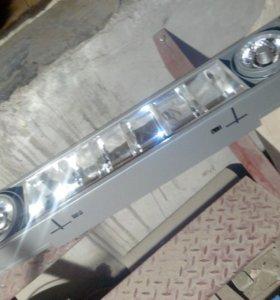 Многофункциональный светильник два типа лампочек