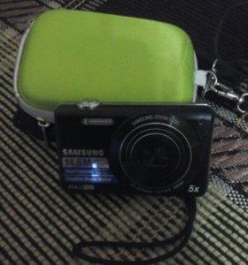 Фотоаппарат в отличном состоянии с чехлом.Торг.