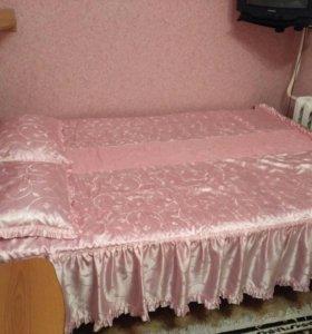 Двух спальная кровать + матрац