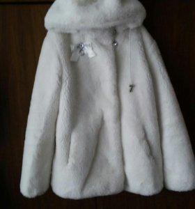 Шубка-куртка белая