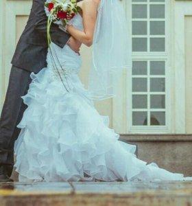 Свадебное платье + подарок к нему