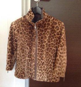 Куртка стильная!