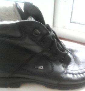 Ботинки зимние,мужские,кожа.Р-р 43-44