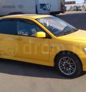Mitsubishi Lancer rally edition