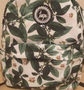 Рюкзак новый, 40*32