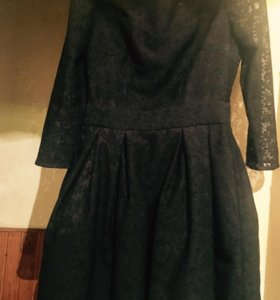 """Платье фирма """" Belluhcci"""