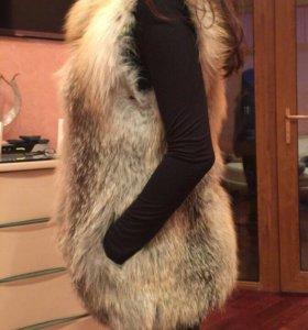 Меховая жилетка Fellicci Furs Collection лиса
