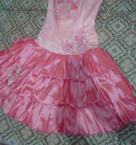 Платье р.40-44, корсет,бу 1 раз на выпускной,южный