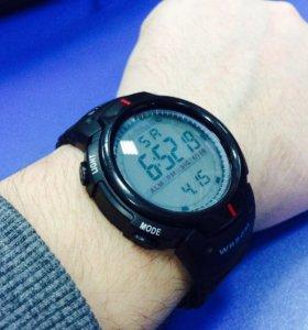 Качественные, ударопрочные часы