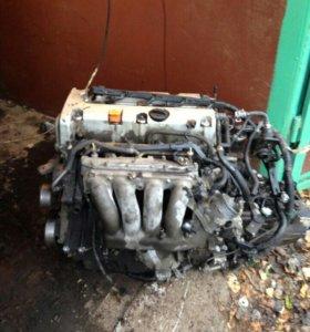 Двигатель Honda Accord cl7 2.0