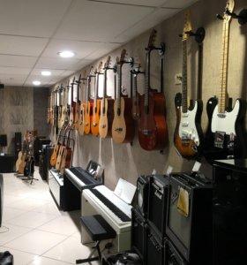 Продаю акустические и классические гитары !