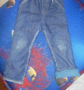 Джинсы и спортивные брюки