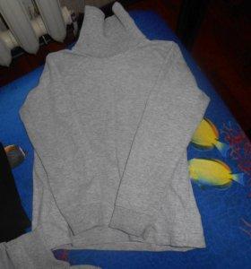 Водолазки, футболка и домашняя кофточка