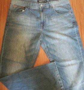 Новые мужские джинсы Semir