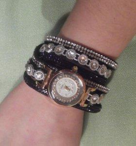 Кварцевые наручные часы(новые)