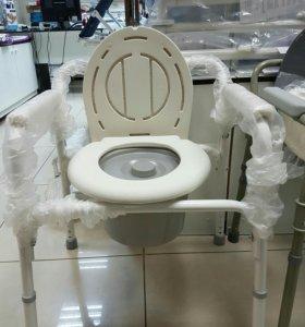 Кресло туалет с санитарным оснощением