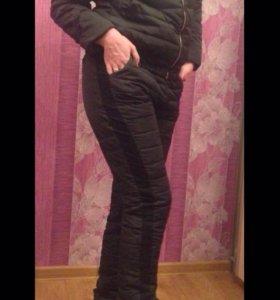 Новый костюм 44-46р