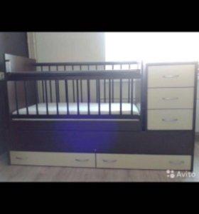 Кроватка трансформер с комодом