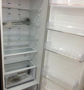 Холодильник однокамерный Samsung RR35H61507F