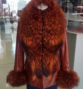 Куртка натуральная кожа. Мех енота