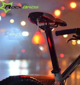 Силиконовый фонарик для велосипеда