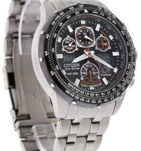 Продам часы Citizen Eco-Drive WR 200