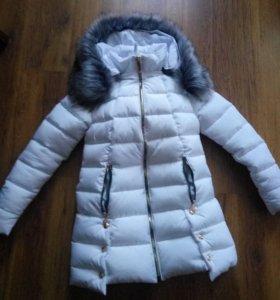 Пальто пуховик новый, размер 42