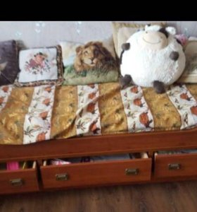 Кровать -диван