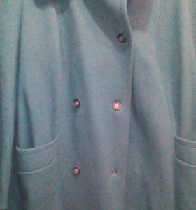 Продаётся пальто кашемировое