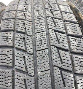 205/65R16 Bridgestone Revo1. 2 шт.