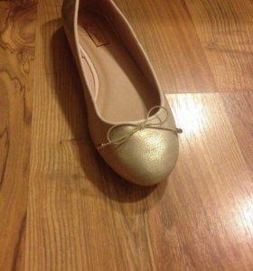 Продам балетки р-р 37