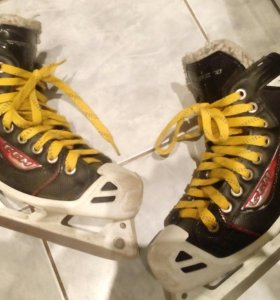 Хоккейные вратарские коньки ССМ RBZ 70