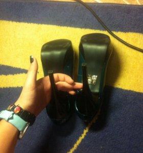 Туфли( новые!!)