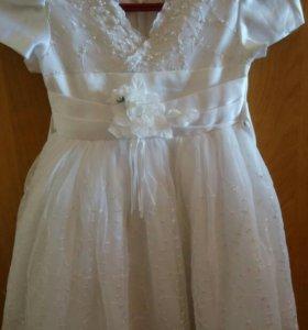 Детские платья продам срочно