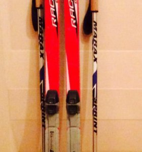 Лыжи и ботинки, палки