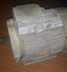 Электродвигатель АИР90L6УЗ 1.5 Kw 935r/min