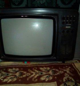 Телевизор,стоимость обговорим