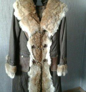 Куртка с мехом/пальто зимнее/пихора,б/у (1зима)