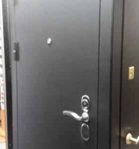 Входная дверь со стенда Сударь 4 CISA