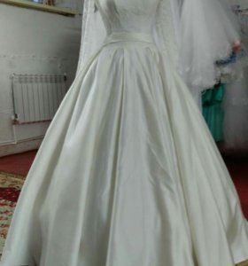 Новое свадебное платье 44-46