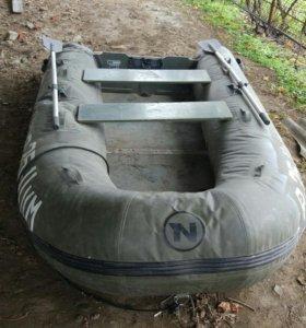 Лодка Nordik 330