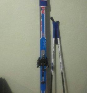 Лыжи новые с палками, длина 140см