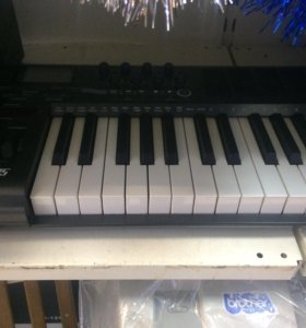 MIDI клавиатура M-audio Axiom 25