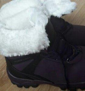 Ботинки зима новые 41р-р