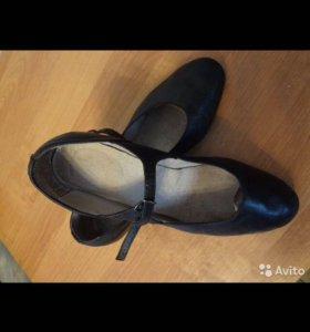 Туфли для танцев (степовки)