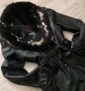 Пальто женское (кожа, мех)